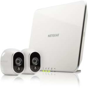 ip-ueberwachungskamera-netzwerkkamera-im-set